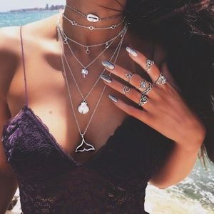 ⚡️New list! ⚡️6 chain BoHo necklace